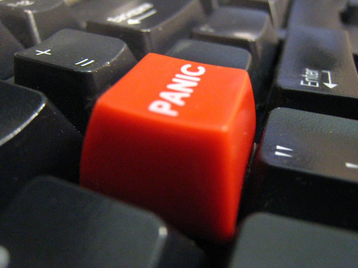 dugme kojim se gase svi tabovi