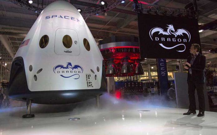Space X vodi turiste na put oko mjeseca