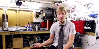 Colin Furze konzola od mikrotalasne peci